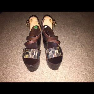 Ralph Lauren - Size 9 -Brown Platform-like wedge
